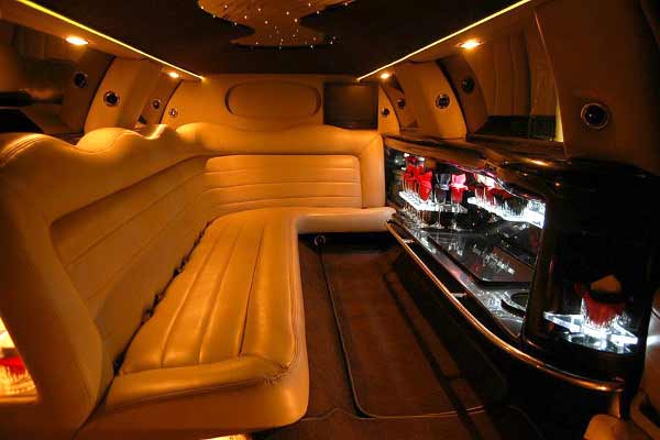Lincoln Stretch Limo Rental Oakland